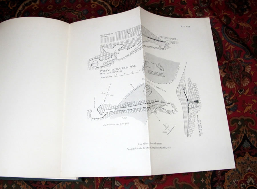excavations in the cotswolds essay 72 cirencester excavations i the geology of cirencester and district by h s torrens introduction cirenccstcr, being an inland town and one at the far end ofthe long dip slope ofthe cotswold.